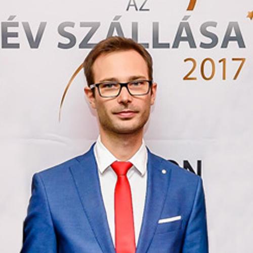 Tóth Ákos - Utazómajom